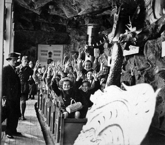 Régi idők vidámsága - a budapesti Vidámpark archív képeken 8667c1a8dc