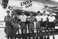 Az Enola Gay k�ldet�se